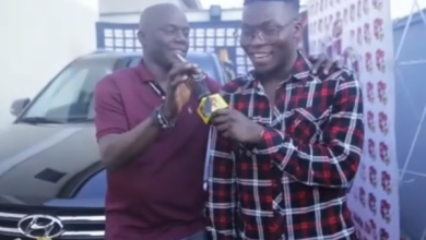 Photo of Reekado Banks Receives His Car For Winning The Headies 2015 Next-Rated Award