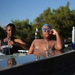Watch: Carpo & Innocent Chill In Cassper's Hot Tub Ahead Of #FillUpFNBStadium