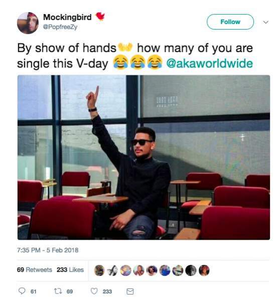 Aka responds to breakup joke hitvibes aka humbly admitted that he will be single on lovers day but he gave the person that twitted that question a clap back of his like by tweeting that he ccuart Images