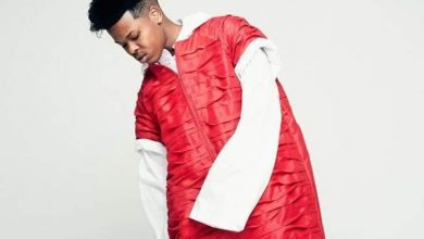 Photo of Nasty C hollas at Drake on iTunes chart listings