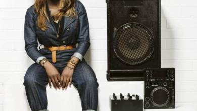 Photo of DJ Zinhle or Kabza De Small? Social media agog over song of the year